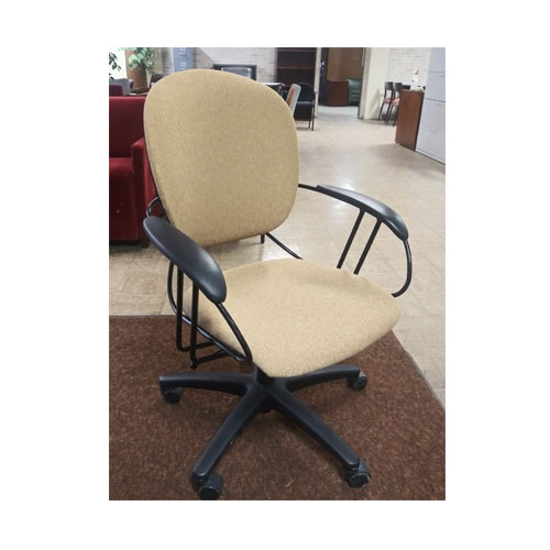 <br><b>Used Task Chair</b><br>Steelcase Uno<br>$125